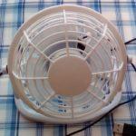 100均ダイソーの324円UBS扇風機は小さいけれど使えます パソコンを冷やすのにも便利でおすすめ