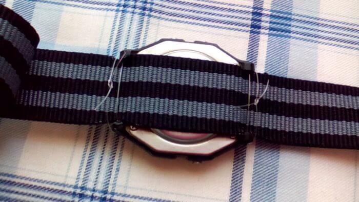 チープカシオF91WにダイソーのNATOベルトをテグスで装着する方法
