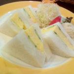 京都のやまもと喫茶のとても美味しい焼きたまごサンドを上手に食べる方法について