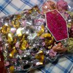 モンロワールのアソートチョコレートはリーフメモリーが入っていて可愛くて個性的で美味しいです。