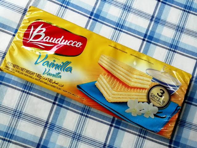業務スーパーのブラジル産ウエハースのバニラ味