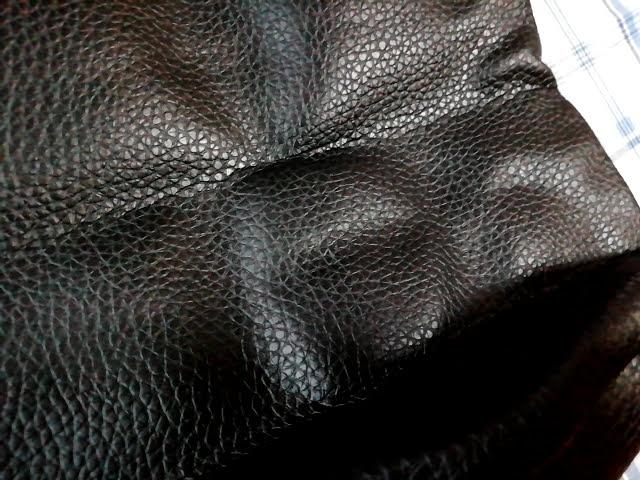 モノマックス1月号の付録のビームスのトートの裏側の皺