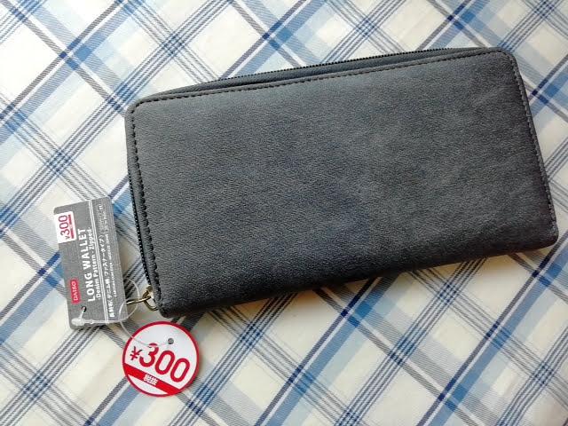 ダイソー300円商品の長財布 デニム生地