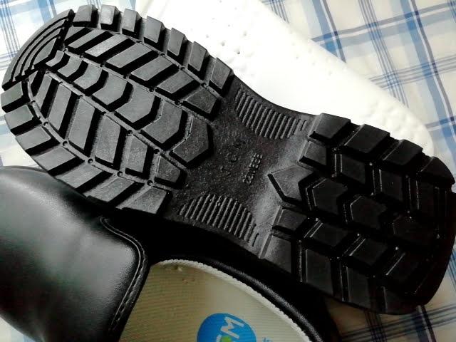 JCMのコックシューズの靴底
