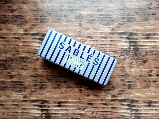 資生堂パーラーのサブレの缶