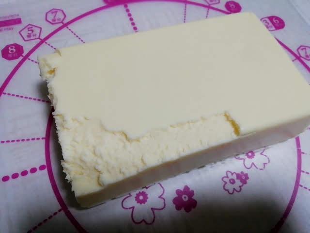 業務スーパーのリッチチーズケーキは切りにくい
