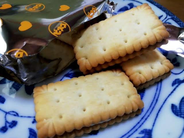 江崎グリコ ビスコ 発酵バター仕立て