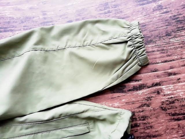 ワークマンのフィールドコアのレディース高撥水シェルジャケットの袖口はゴム入り