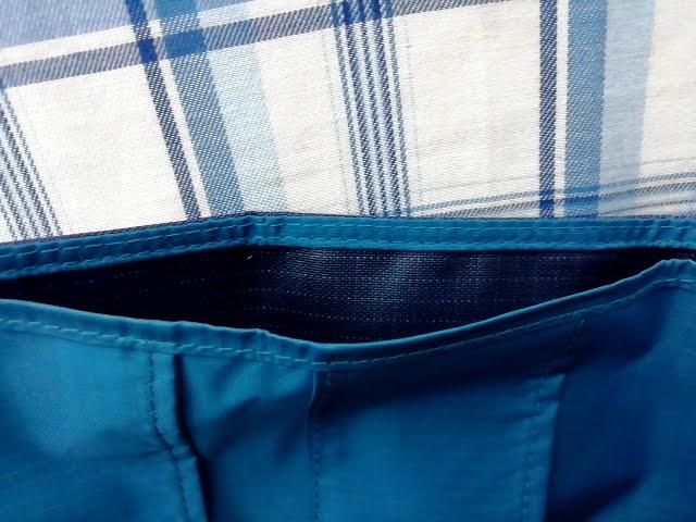 mont-bellの小さなお財布のトレールワレットの札入れ部分
