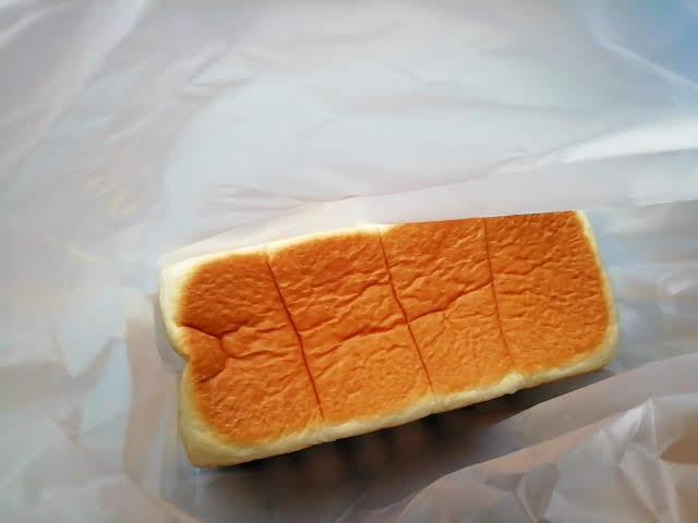 銀座 にしかわの高級食パンの焼き色