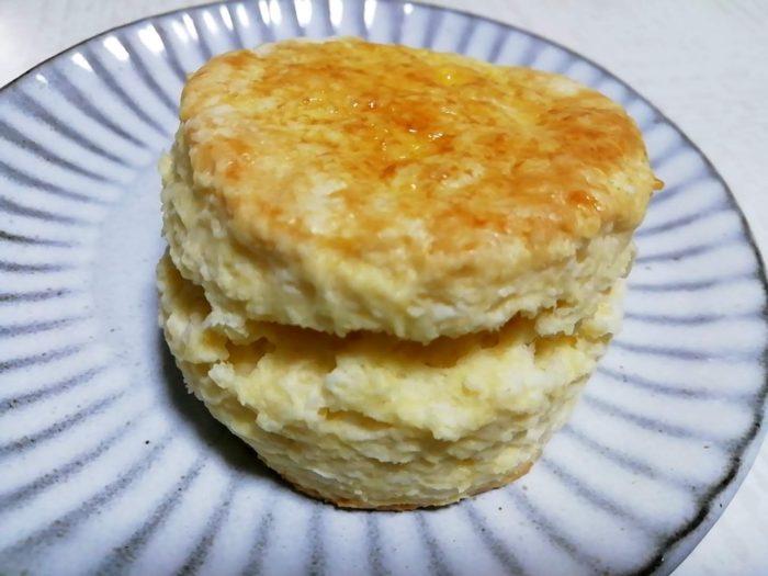 スコーンを卵ありレシピで作ったもの