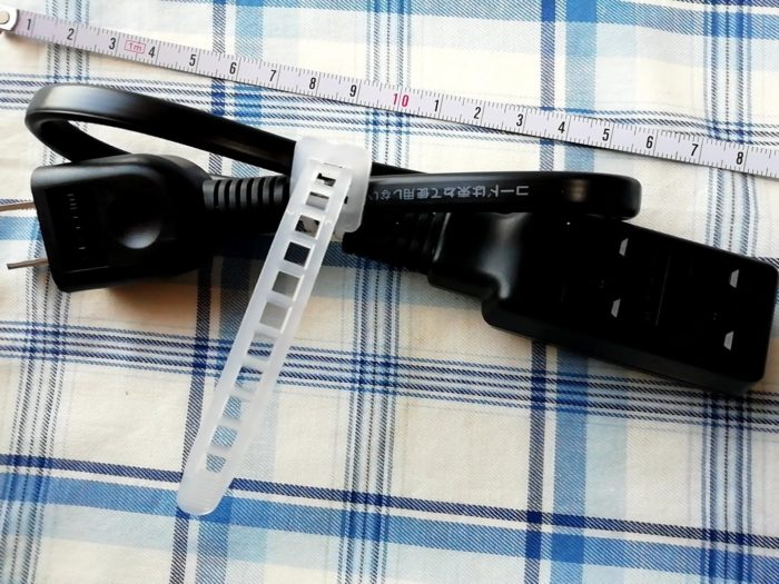 エレコムの超小型モバイルタップの大きさ
