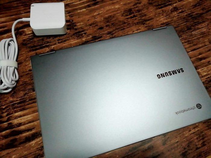 Galaxy Chromebookと電源