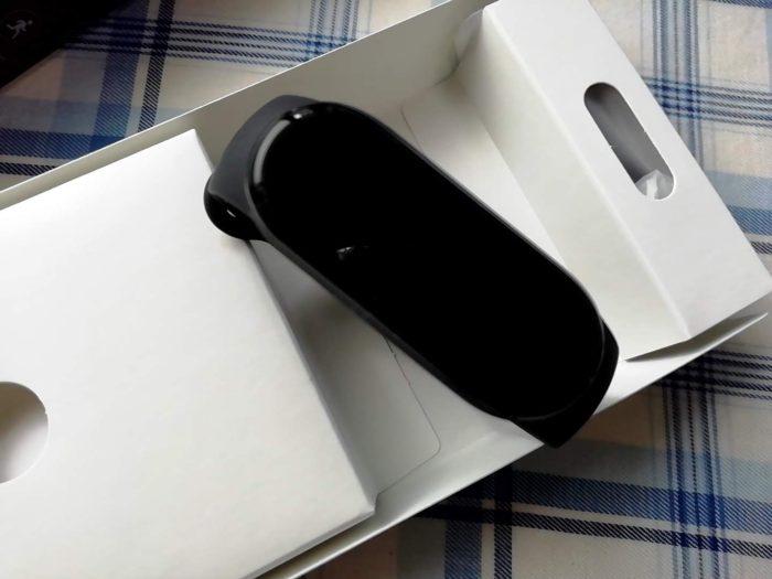 Xiaomi Miスマートバンド5