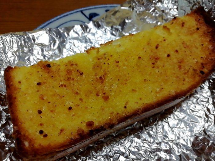 塗って焼いたらカレーパンを焼いてみた